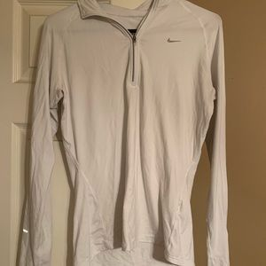 Nike drip fit long sleeve top with zipper